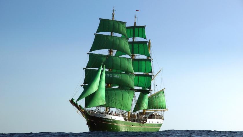 Segeltörns vor Spaniens Küste auf der Alexander von Humboldt II
