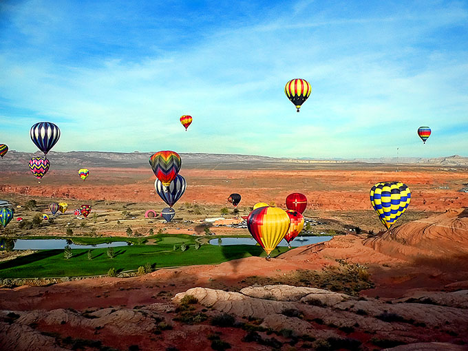 Arizona, Lake Powell, hot air ballooning