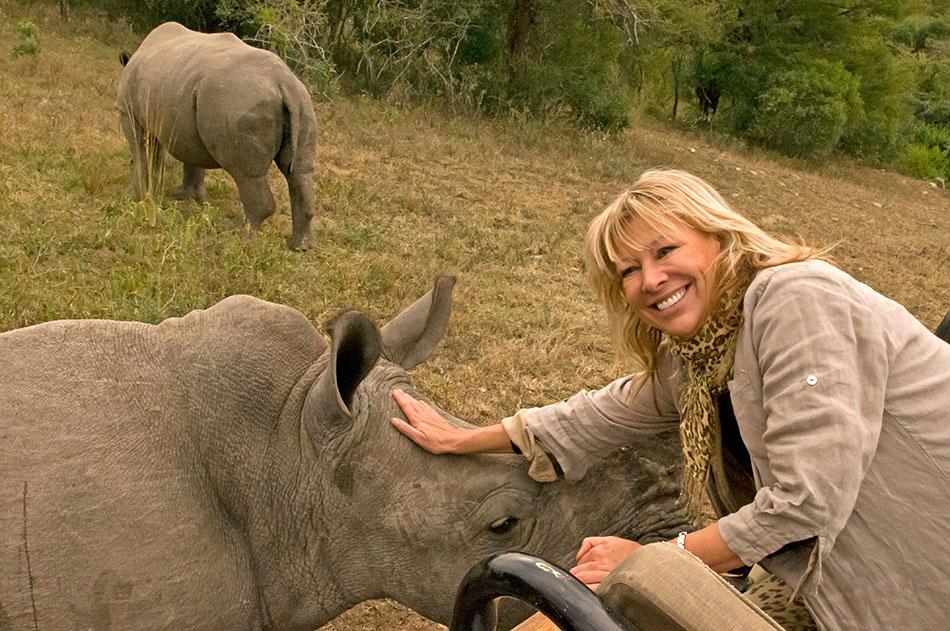 """""""Ein Elefant in meiner Küche"""" - eine wahre Liebesgeschichte - so herzzerreißend wie """"Jenseits von Afrika"""""""